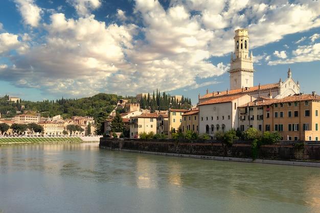 Панорамный вид на город верона