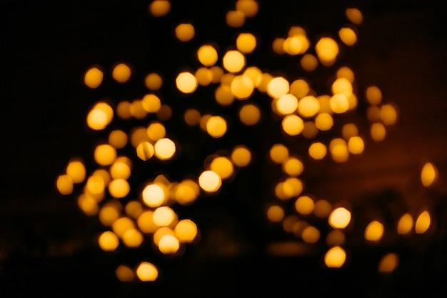 Фон пустой праздничное размытие желтые огни салюта