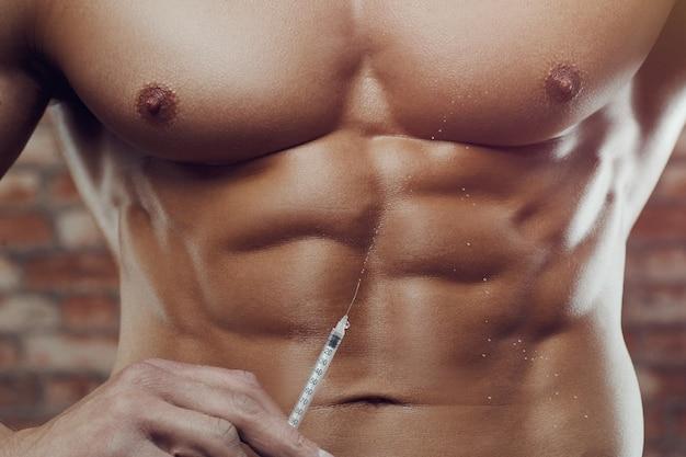 ボディービルダー強い男ステロイド注射注射筋肉