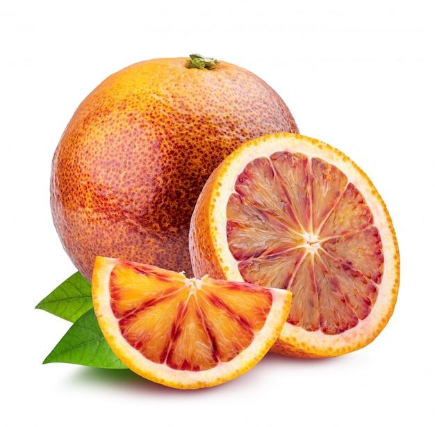 白で隔離される葉と赤オレンジ
