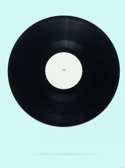 青いパステルのレトロなスタイルのビニールレコード