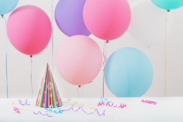 Фон из воздушных шаров на день рождения
