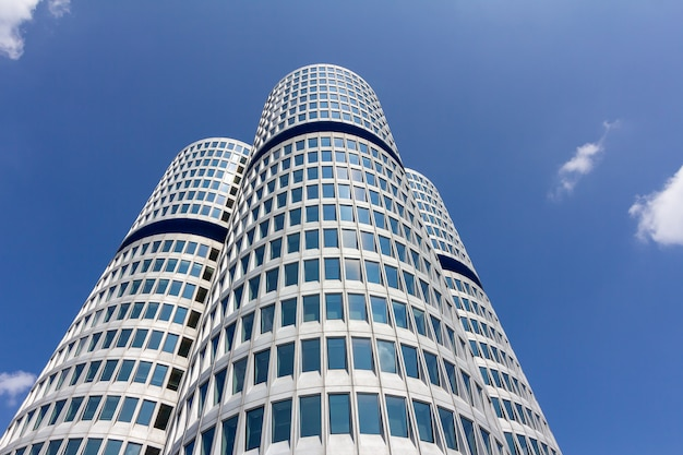 Здание штаб-квартиры в мюнхене, германия,