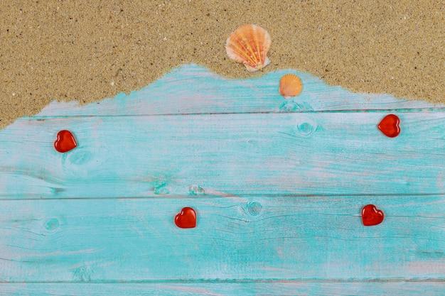 День святого валентина композиция с морским песком и ракушками
