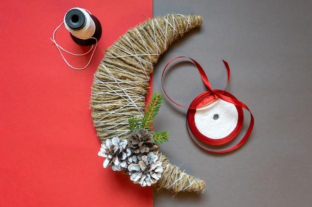 段階的にクリスマスの飾りを作る