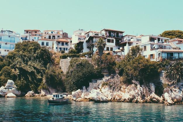 Греческий остров скиатос