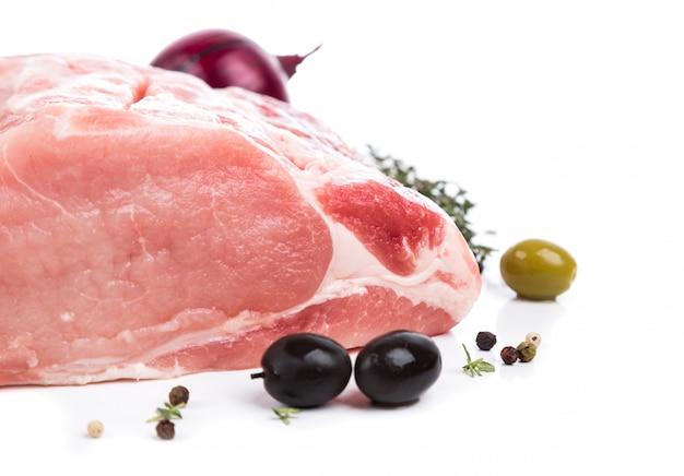 生肉を横から飾って