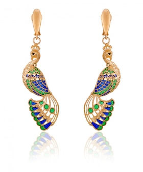 Модные женские серьги из золота в форме павлина