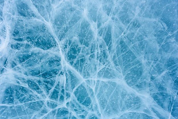 抽象的な亀裂とバイカル湖の美しい氷