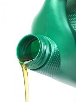 Моторное масло изолированное
