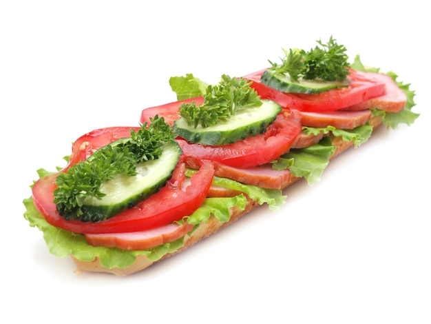 Бутерброд, изолированные на белом