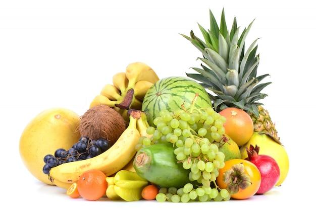 Коллекция свежих фруктов.
