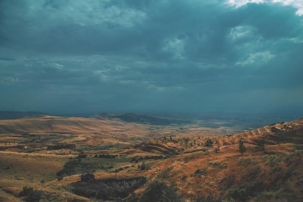 Красивые холмы