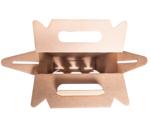 Внутри пивной или виноградной картонной коробки
