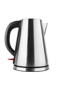 Стальной электрический чайник изолированный