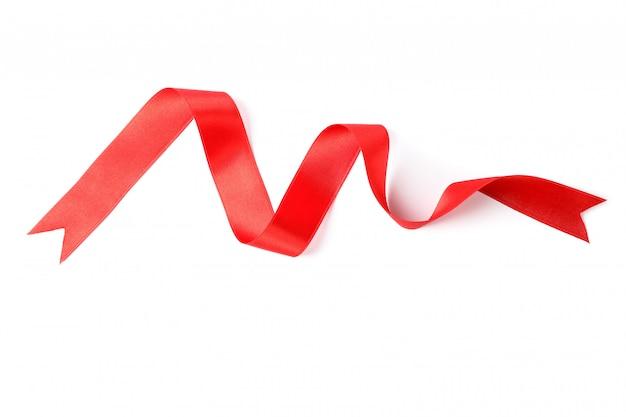 白で隔離される赤いリボン