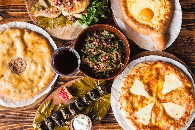 国の東洋料理-ハチャプリ