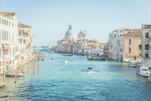 Венецианские ландшафтные каналы