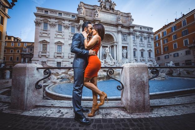 ローマのカップル