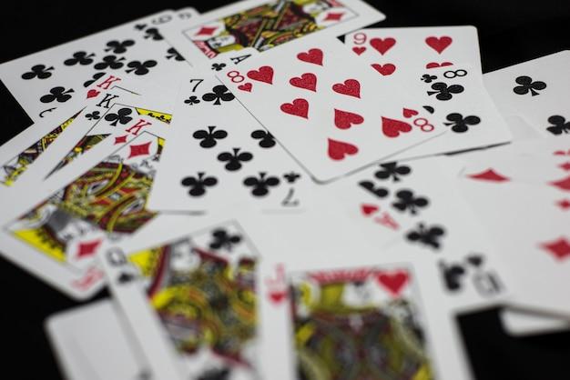Разбитые игровые карты