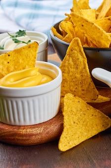 ナチョス。メキシコ料理のコンセプト。