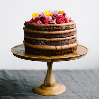 チョコレートとフルーツケーキ