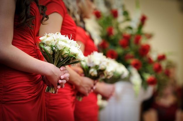 赤い結婚式
