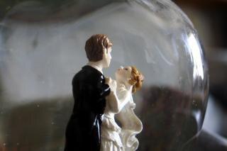 ただ、人形と結婚