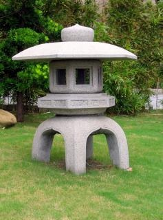 石灯籠日本