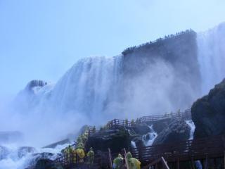 ナイアガラの美しさは春、岩、滝