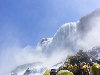 ナイアガラの美しさは、岩の滝