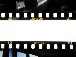 フィルムストリップ、国境