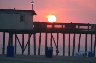 日の出は、海、ピア