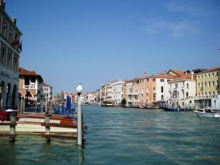 ヴェネツィアのチャンネルを発見