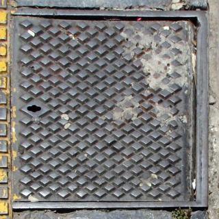 下水道の蓋、街路