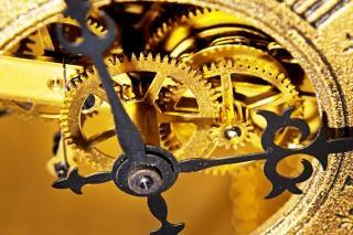 古い時計腕時計
