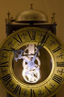 古い時計、締め切り