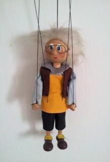 人形をぶら下げ