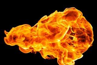 火の玉の炎