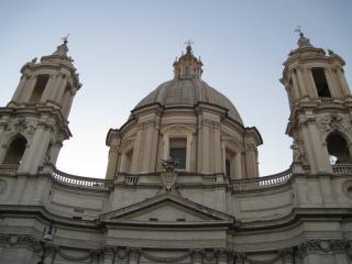 ローマの教会のドーム