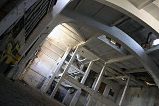 古い廃工場、汚れ