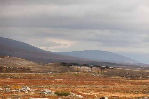 山、秋の風景、ノルウェーの素晴らしい風景