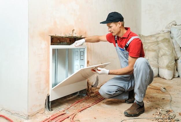 家の暖房のインストール。