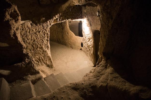 カッパドキアのデリンクユ洞窟都市