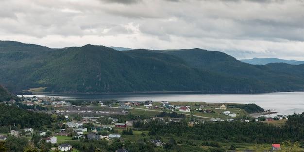 海岸沿いの町、ボンベイ、ノリス・ポイント、グロス・モーン国立公園、ニューファンドランド・ラブラドール、