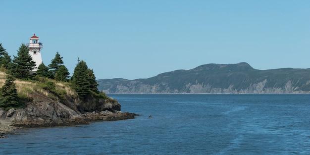 ウッディーポイント、ボンベイ、グロス・モーン国立公園、ニューファンドランドアンドラブラドーのウッディーポイント灯台