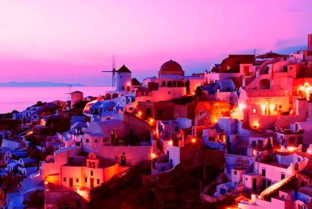 Городской пейзаж на закате