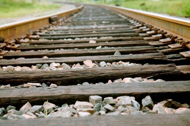 Железнодорожный путь, крупный план