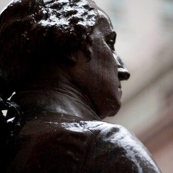 ニューヨーク、ニューヨーク、マンハッタンのジョージワシントン像