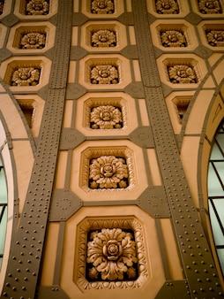 オルセー美術館の内壁